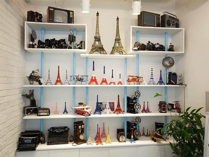 Cafe de Paris (カフェ ド パリ) 店内