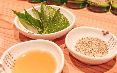 アジョシ 韓国料理 ごま油 いりごま ごまの葉