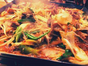 京都 韓国料理 アジョシ ホルモン鍋