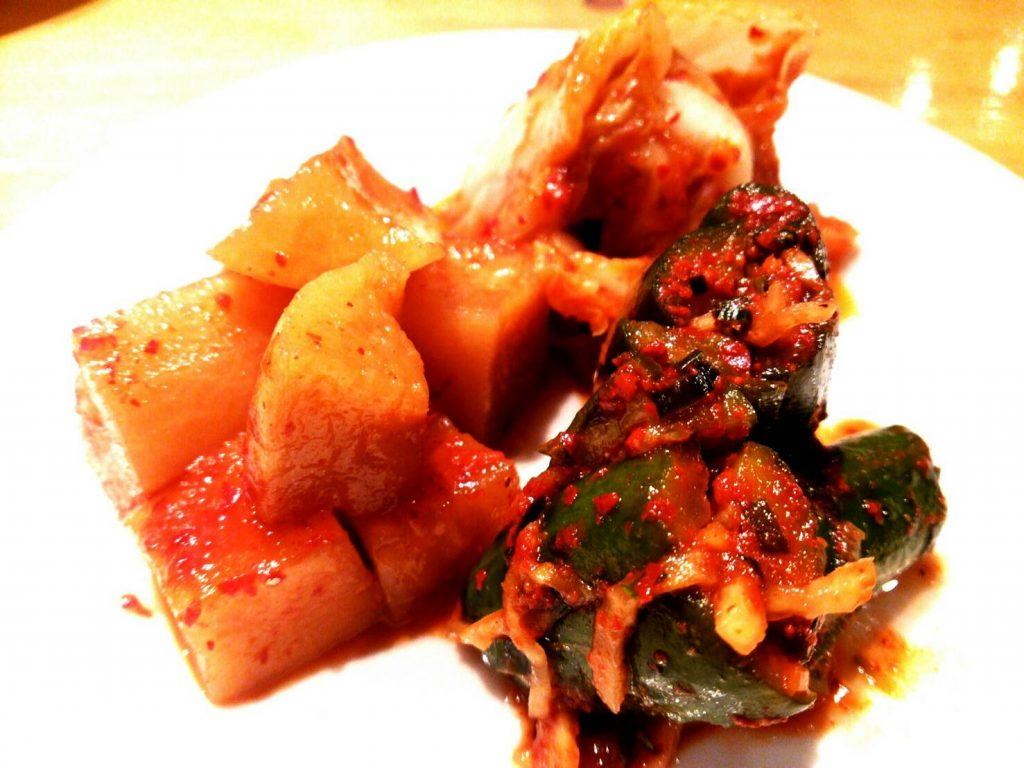 キムチ盛り合わせ 新米 ご飯 秋 アジョシ 京都 韓国料理