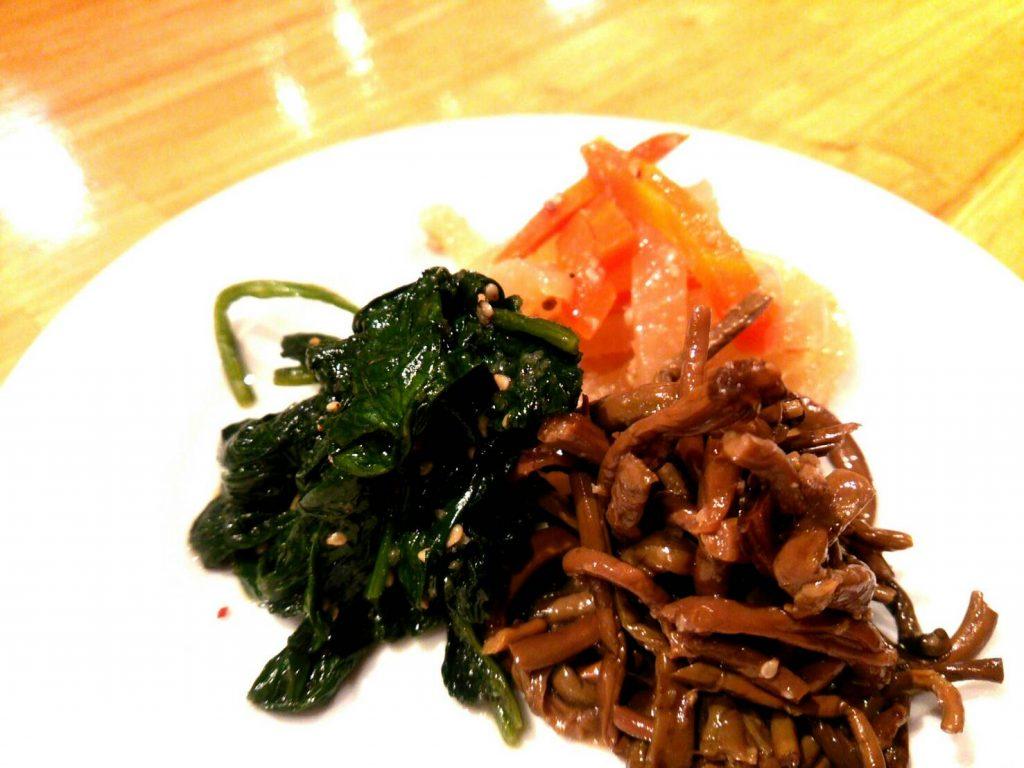 ナムル盛り合わせ 新米 ご飯 秋 アジョシ 京都 韓国料理