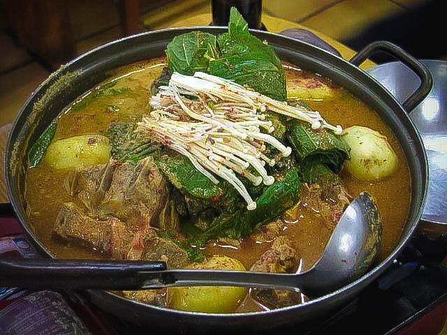 カムジャタン 釜山 アジョシ 京都 韓国料理